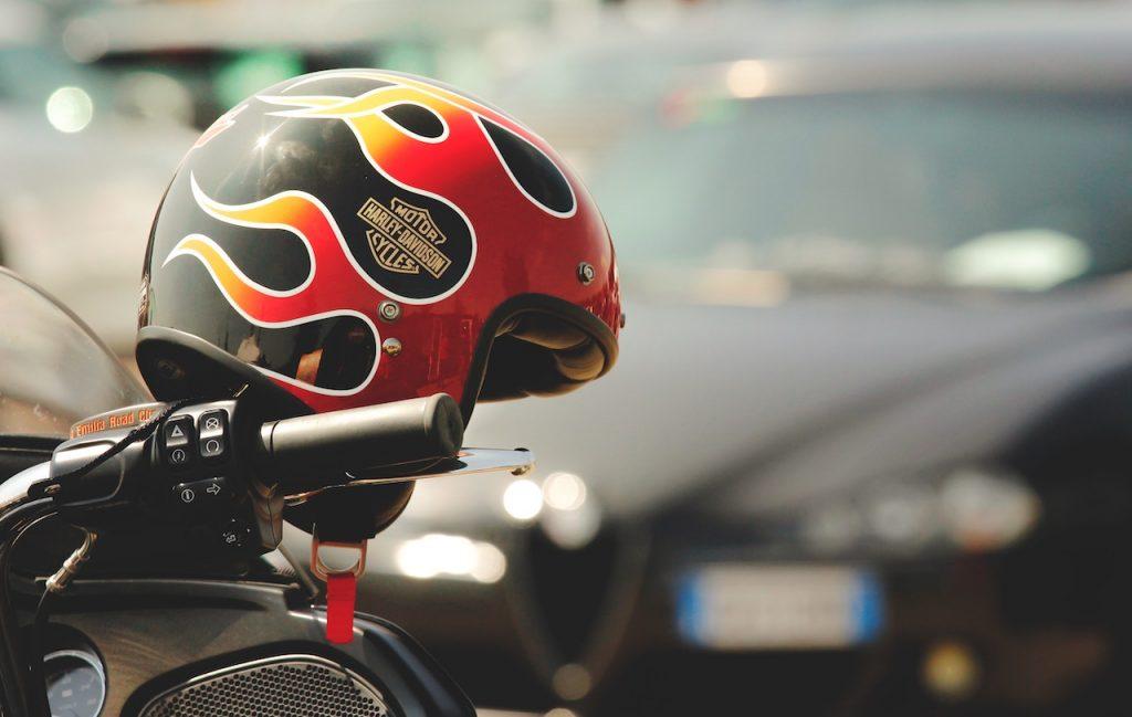 personalizzare un casco per moto header
